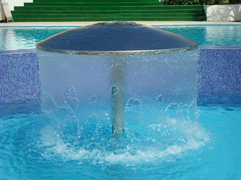 fiona-construct-piscina-infinity-hotel-004