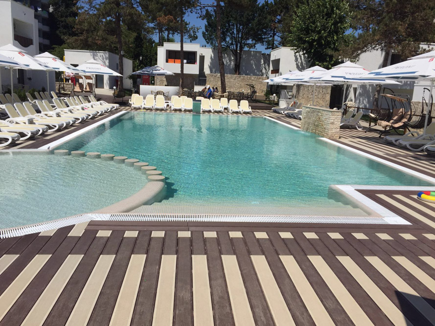 piscina-publica-overflow1