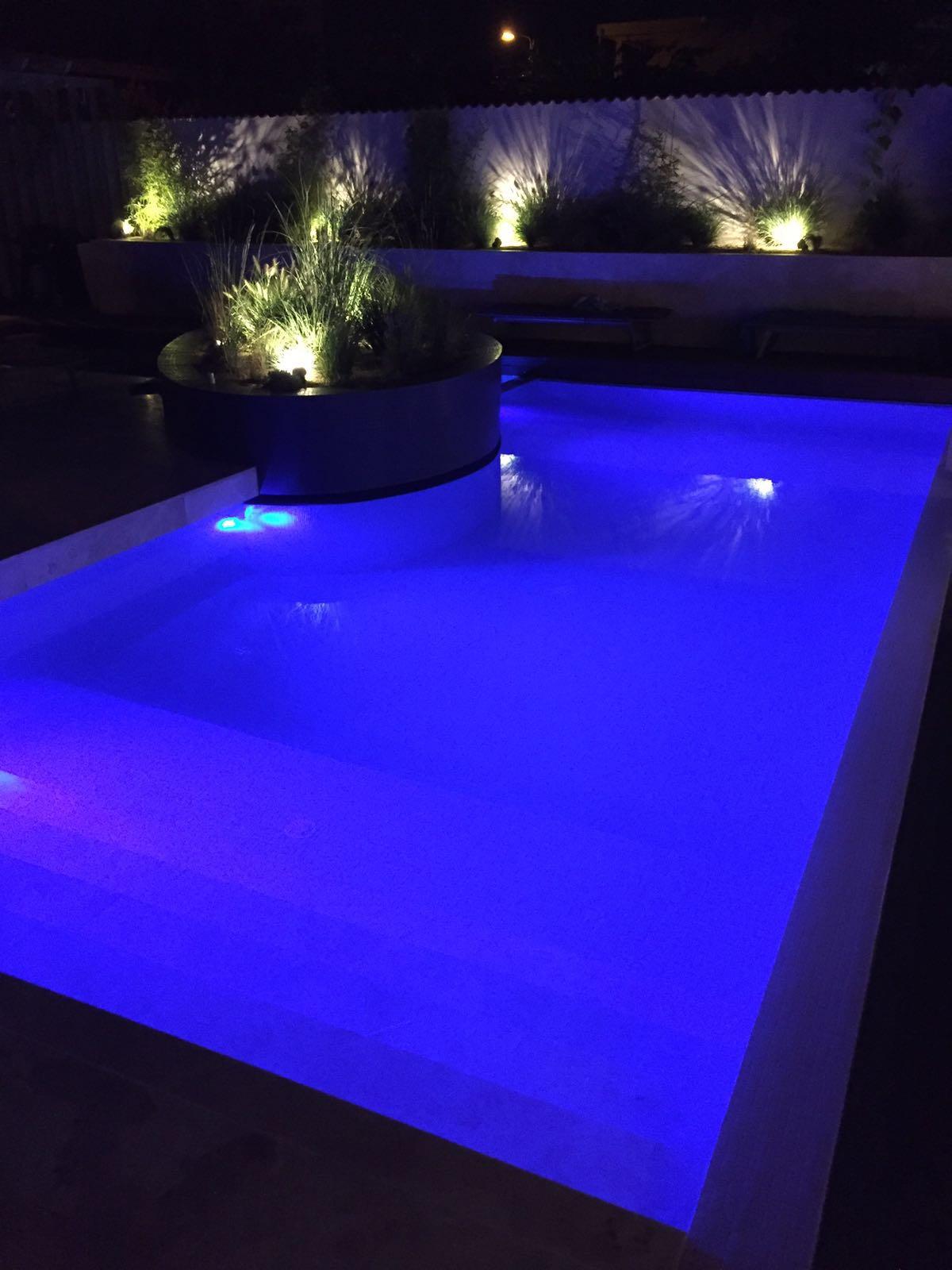piscina-rezidentiala-infinity04